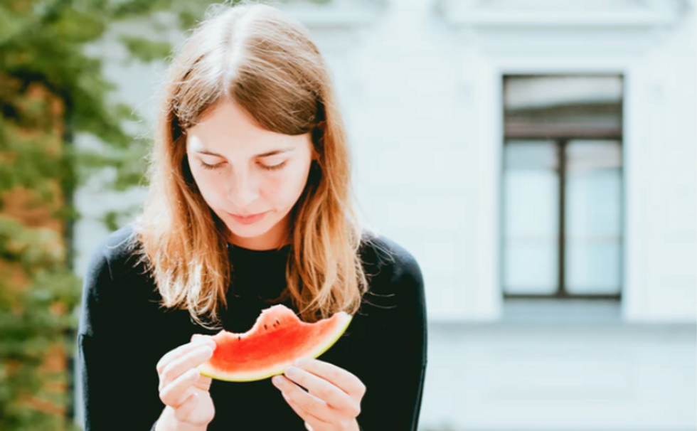 I Talked To My Therapist, And Here Are 7 Things Everyone Should Know About Anorexia