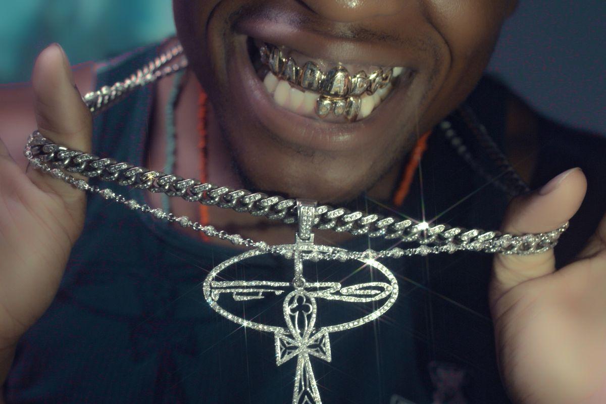 Delly Premieres Diamonds Anthem 'Flashy'