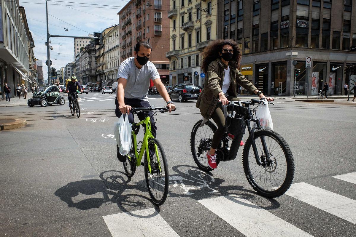 Corsa a ostacoli sulla strada digitale. Il bonus bici sarà il solito click day