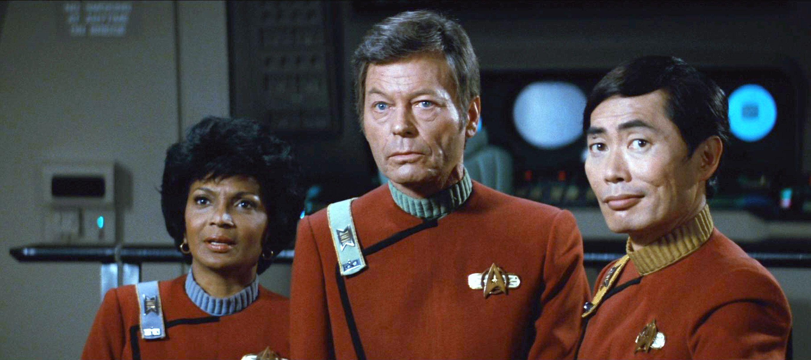 Uhura McCoy and Sulu in Star Trek