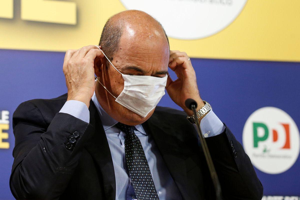 L'uomo delle mascherine fantasma è sotto processo per bancarotta