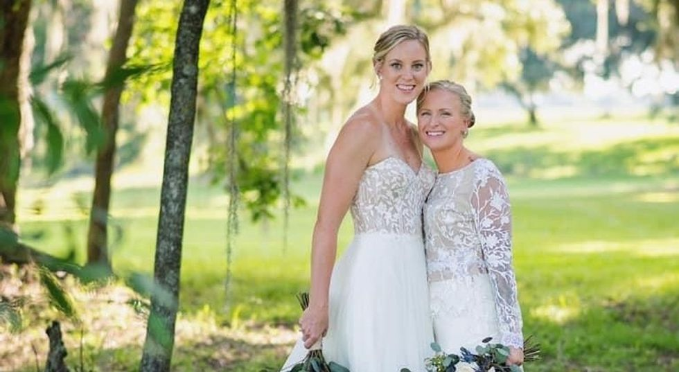 A Bumble Couple's Wedding Was Canceled By COVID-19, But Nothing Could Come Between This Perfect Match