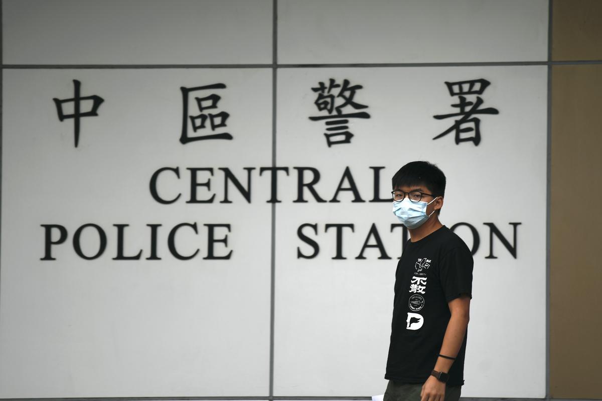 Arrestato l'attivista di Hong Kong. Ma il Vaticano non scarica la Cina