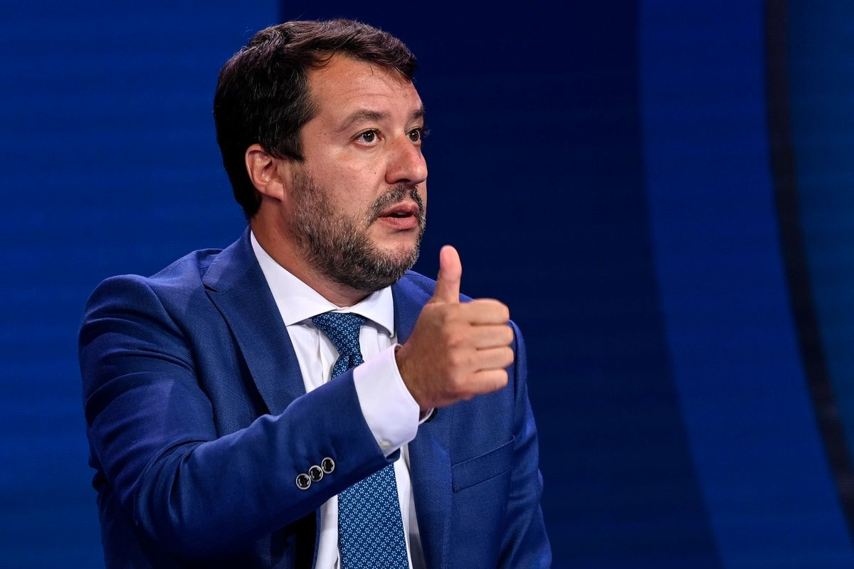 Caso Gregoretti, Salvini all'attacco: «Scafisti in nave, governo coinvolto»