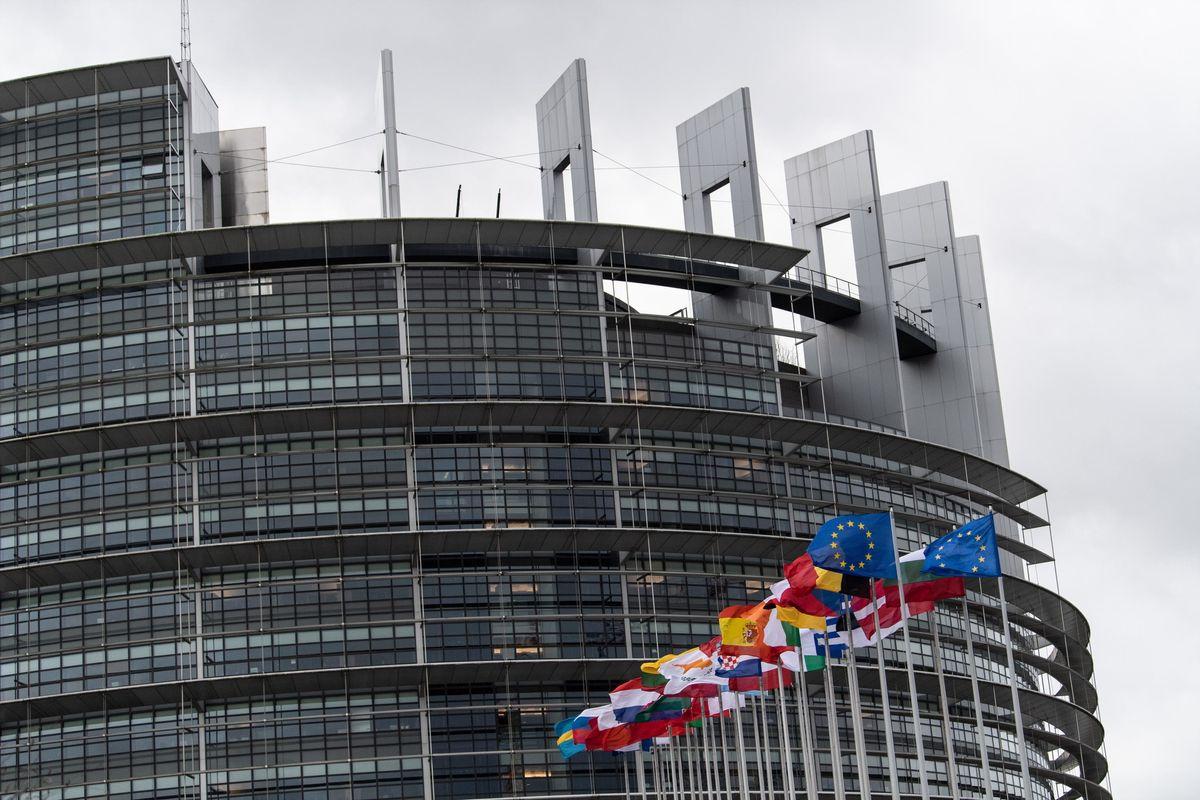 L'Ue schiera un olandese contro i rifugi fiscali