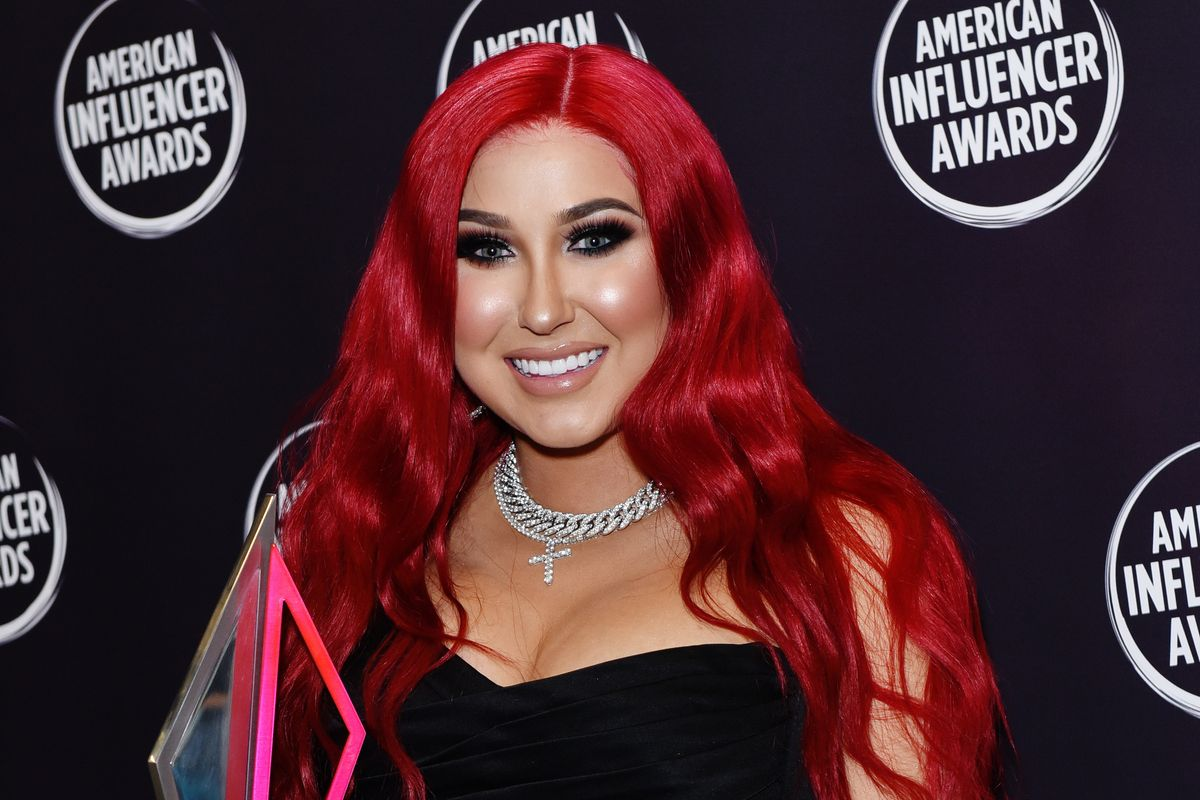 Jaclyn Hill Responds to Critics of Her New Lipstick Scandal Post