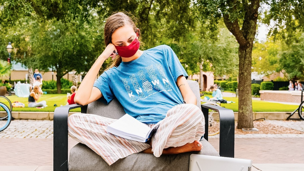 Going To College During COVID-19 Has Caused Some INTENSE Burnout, And It's Not Just Me