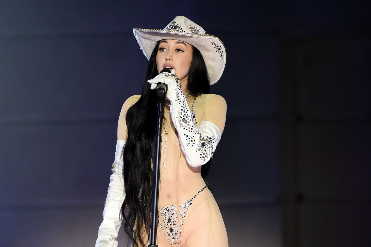 Noah Cyrus Hits Back at Critics of Her Sheer CMT Awards Bodysuit