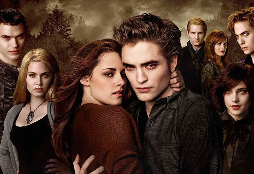 6 Reasons You May Want To Read The New Twilight Book, Midnight Sun