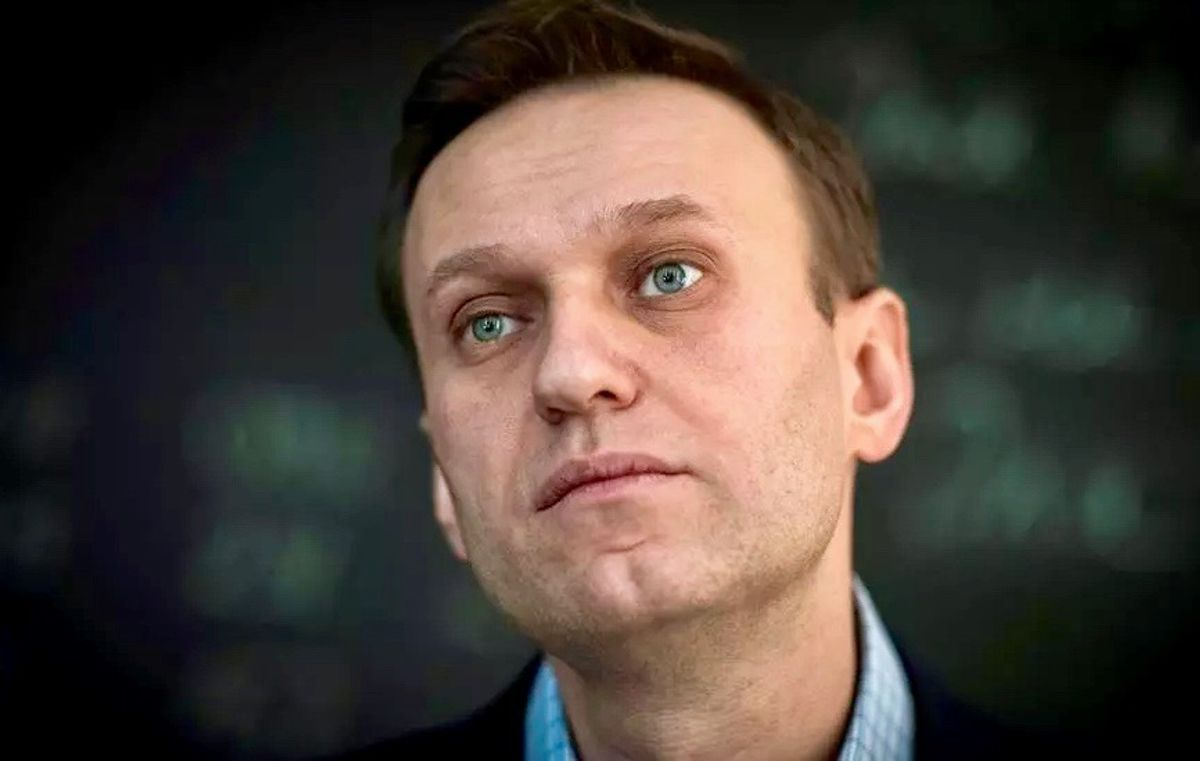 Navalny's arrest is effort to 'silence' him, Amnesty says