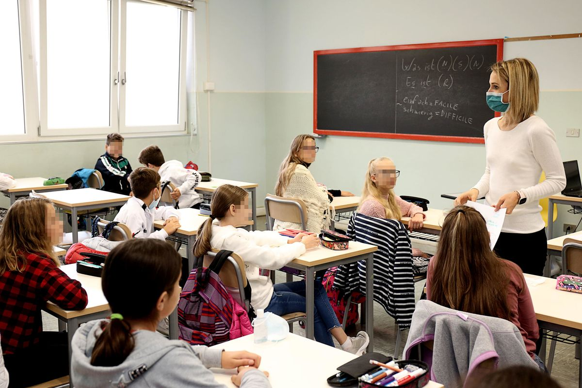 Malattia ai docenti in quarantena. Stop alla didattica anche a distanza
