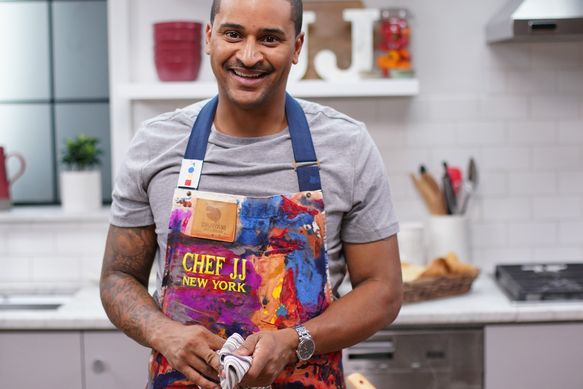 This Harlem chef is cooking up international dishes to strengthen his local community