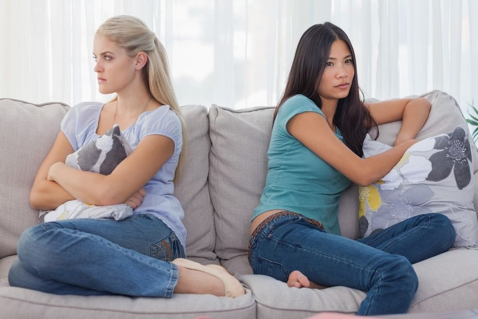 3 Ways To Deal With Roommate Drama