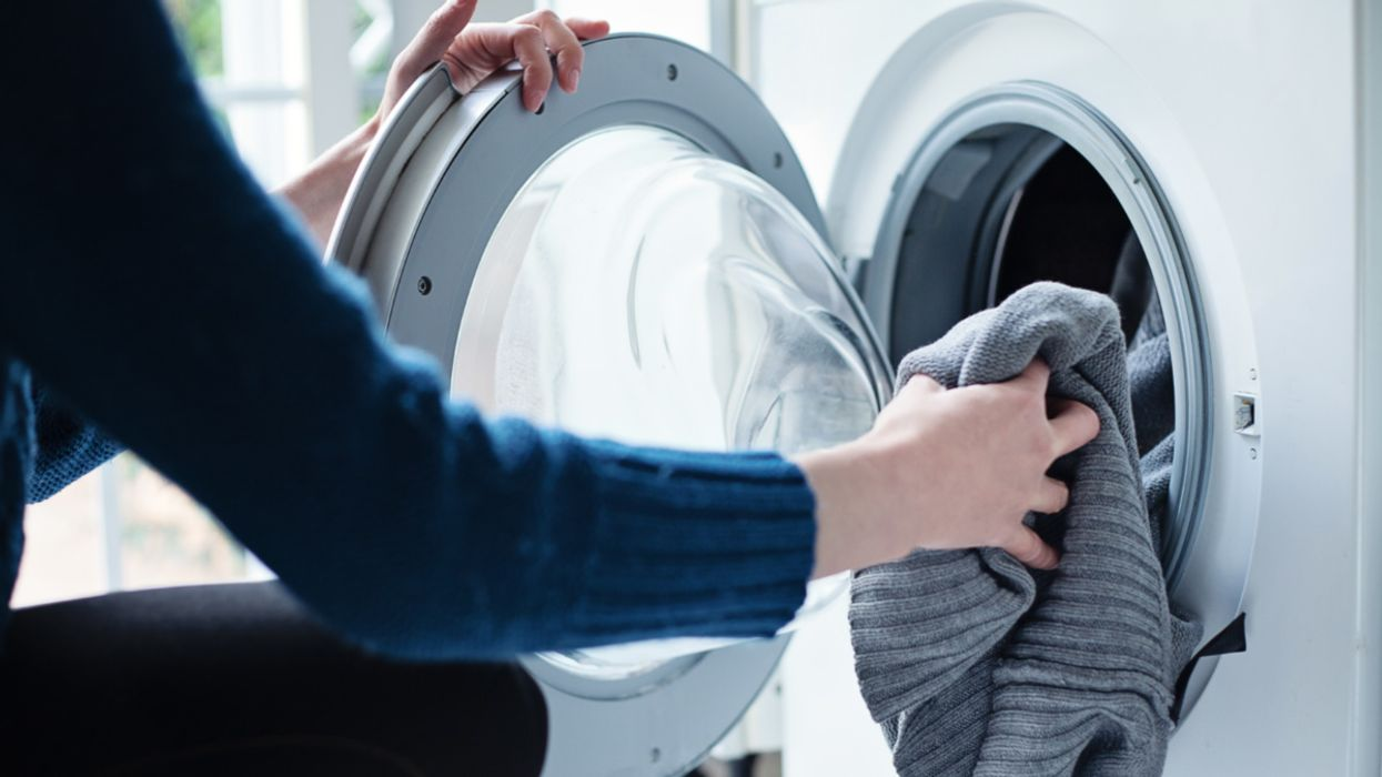 Study Finds Synthetic Clothes Contributed 4,000 Metric Tons of Plastic Microfibers in California