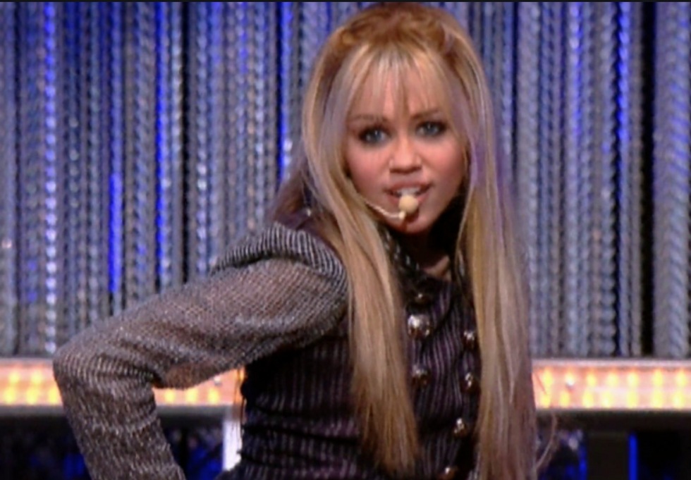 10 Radio Disney Hits You Might Have Forgotten That Will Really Hit You With Some Nostalgia