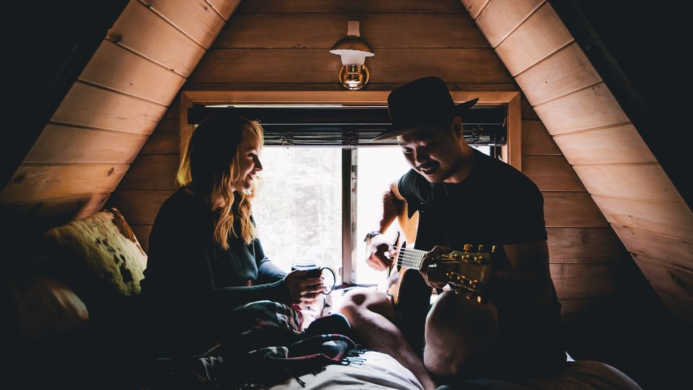 10 Things To Do For Your Partner To Make Them Feel Special, Based On Their Love Language
