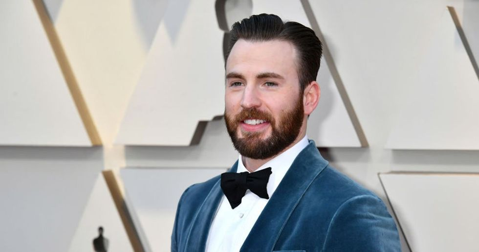 Chris Evans Jumped up to Help Regina King to the Stage at The Oscars
