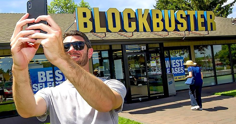This Is What the Last Standing Blockbuster Store Looks Like