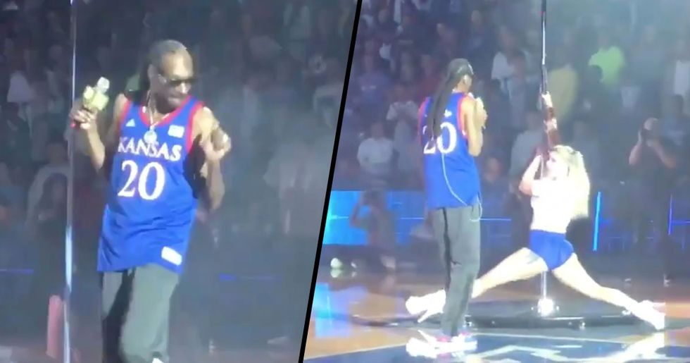 Snoop Dogg Gives Performance so 'Offensive' the Venue Is Forced to Apologize