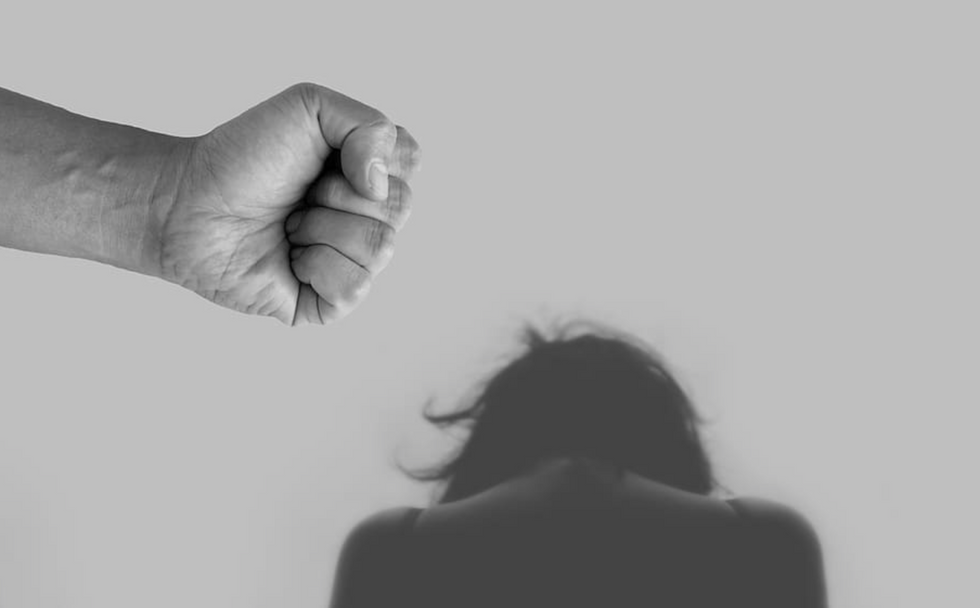 14 Things People Don't Realize Are Signs of Narcissistic Abuse