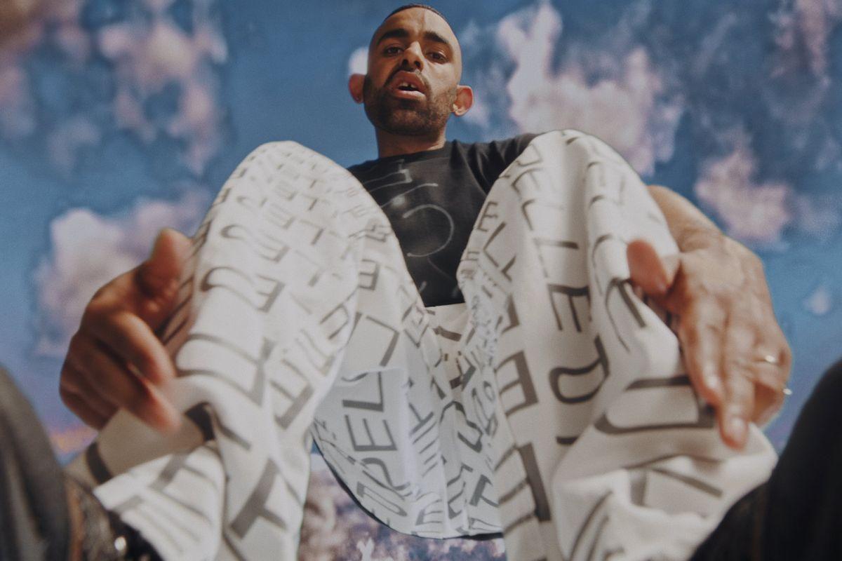 Xzavier Stone Crosses '00s Hip Hop's Uncanny Valley