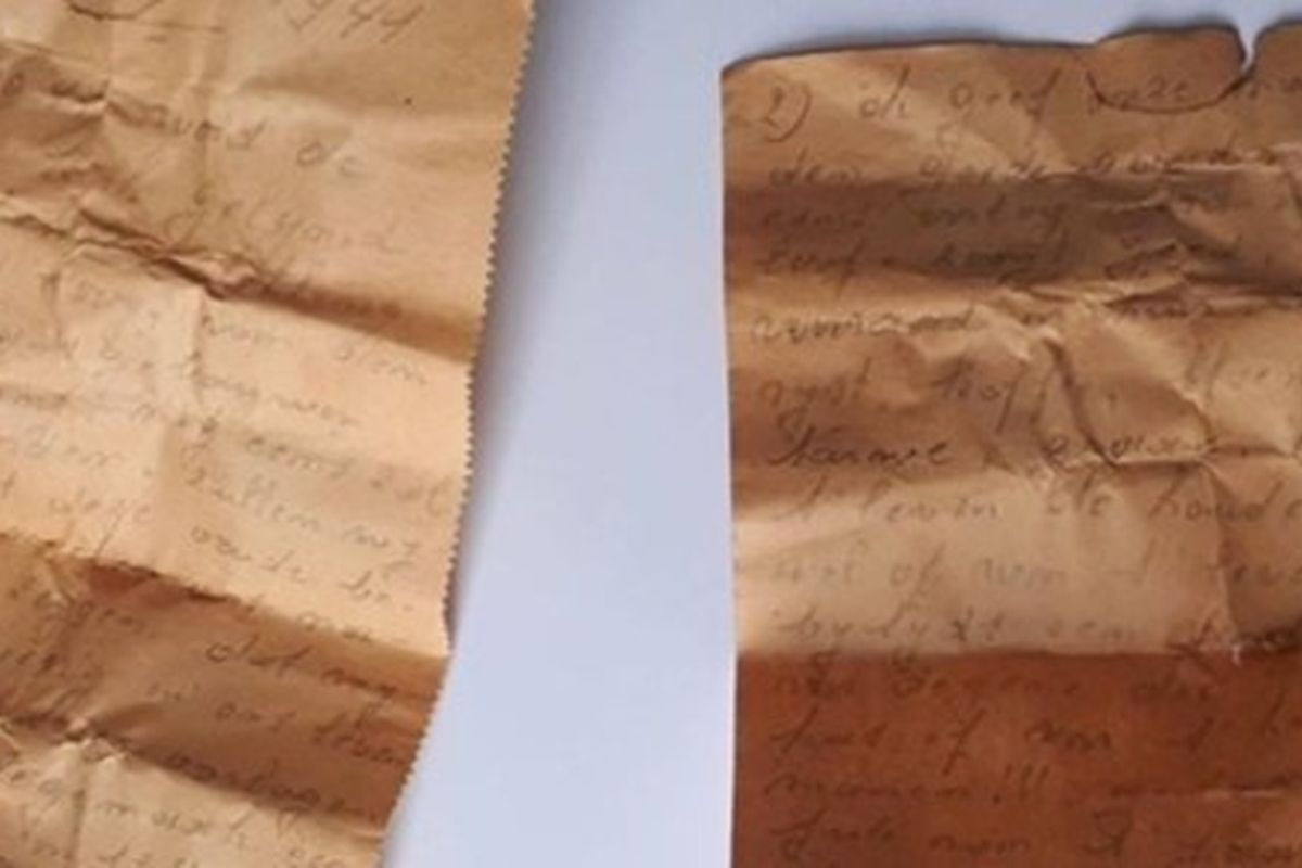Workers discover an 80-year-old note hidden in a church that's filled with advice