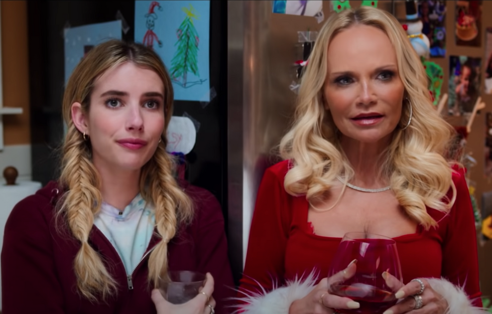 10 Movies To Add To Your Netflix Watchlist For All The Hallmark Holiday Warmth