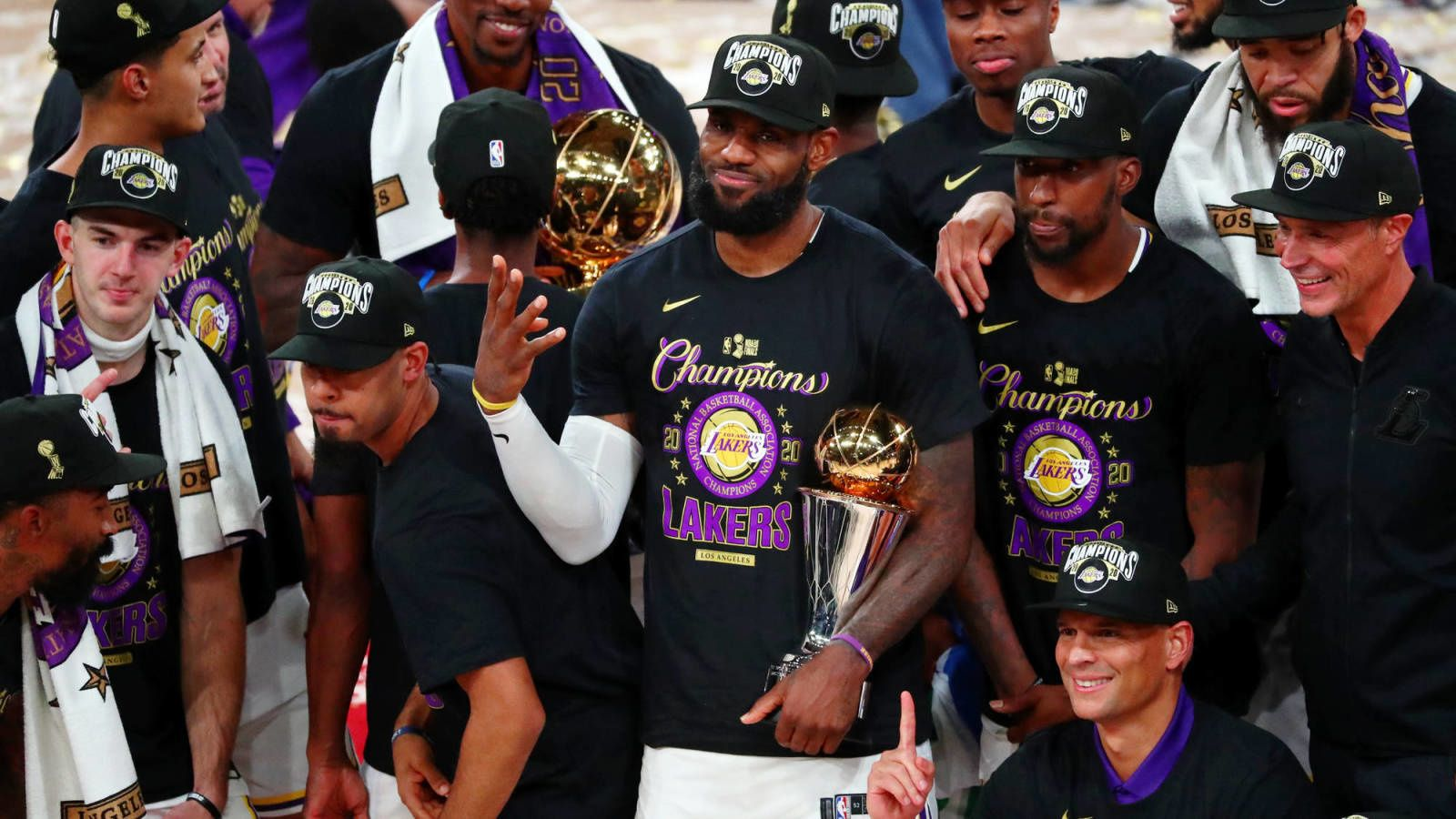 3 Teams That Could Dethrone The Lakers In The 2020-2021 Season