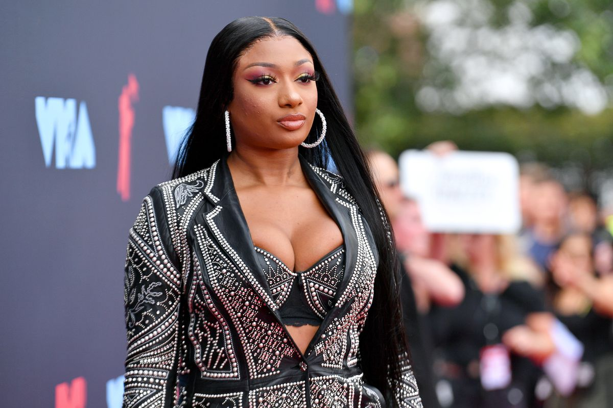 Megan Thee Stallion Says Tory Lanez Tried to Bribe Her After Shooting