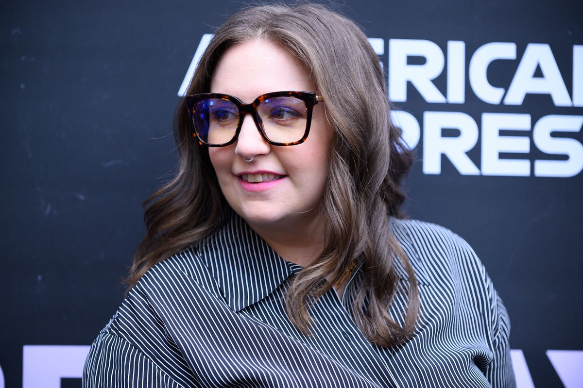 Lena Dunham on 'Giving Up on Motherhood' After Failed IVF Attempt