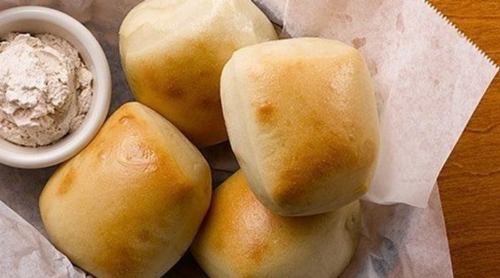 A Definitive Ranking Of Complimentary Restaurant Bread From A Self-Proclaimed Carb Expert