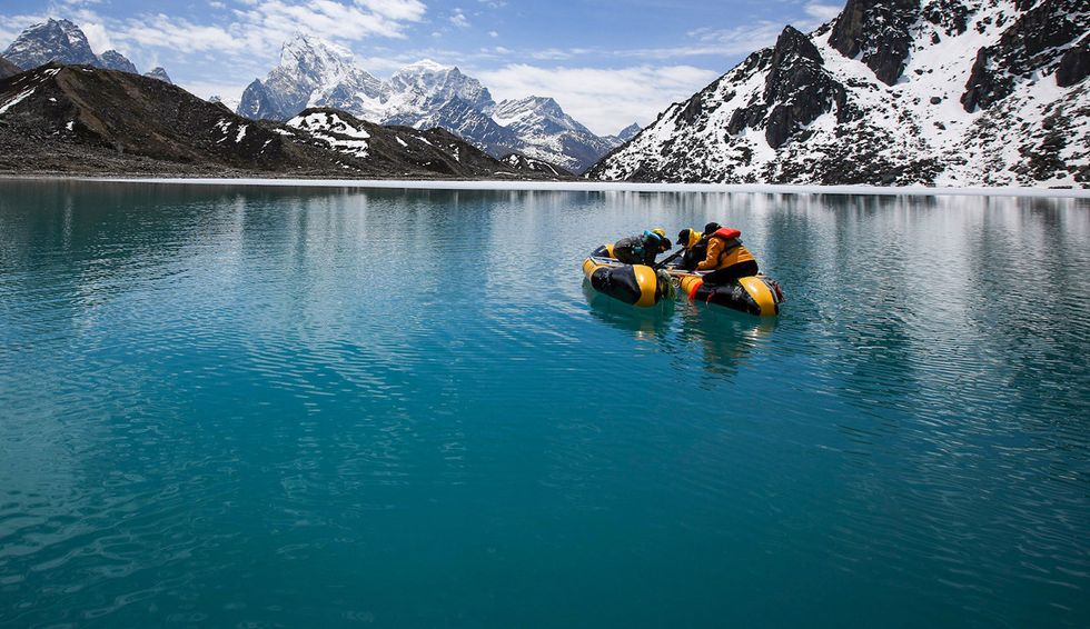 Mount Everest plastic pollution expedition