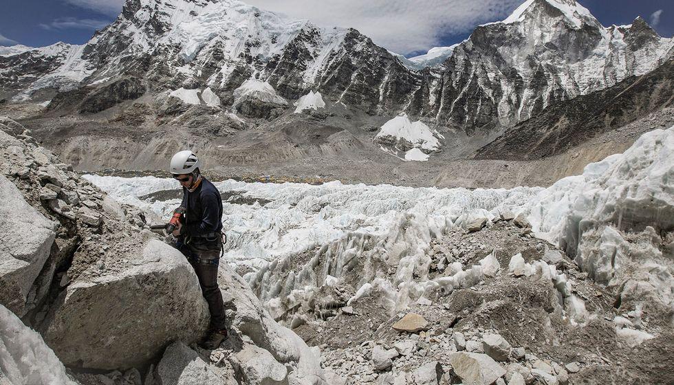 Mount Everest pollution