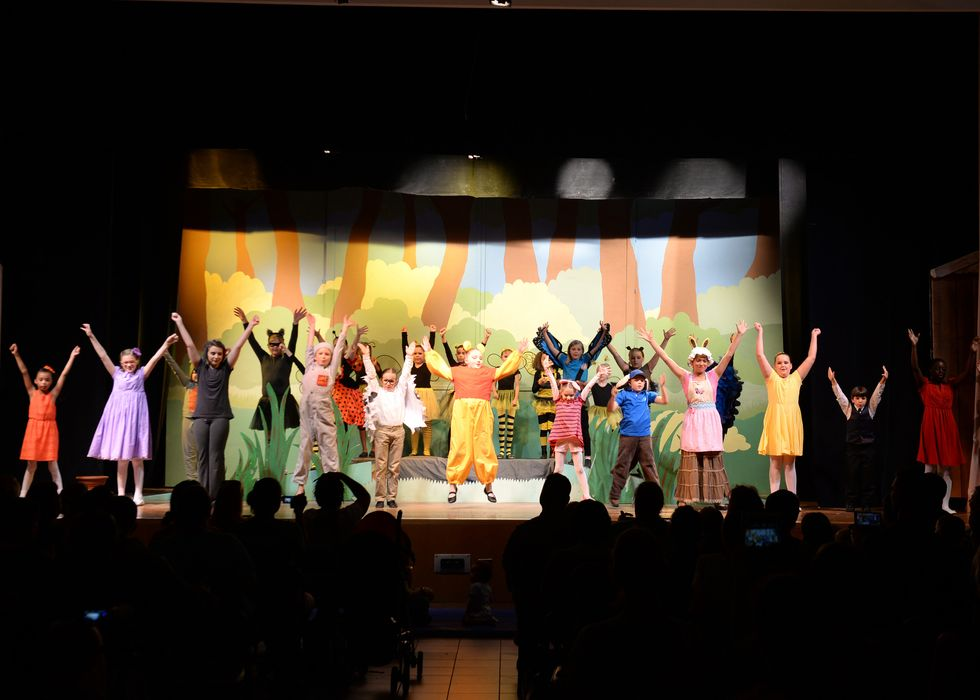 Being In Drama Club Or Doing Community Theater Doesn't Necessarily Make You A 'Drama Kid'