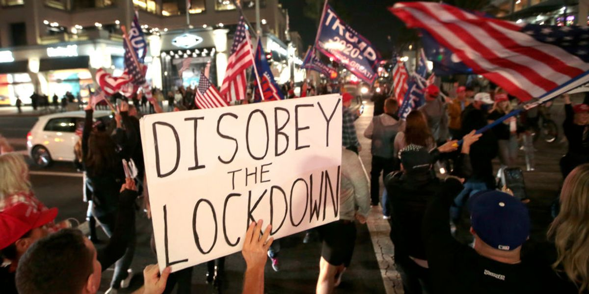 VIDEO: Protesters in Huntington Beach fight back against Newsom's curfew and California lockdowns