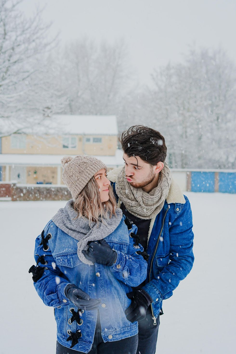 11 Winter Dates That Will Totally 'Sleigh' While Still Social Distancing
