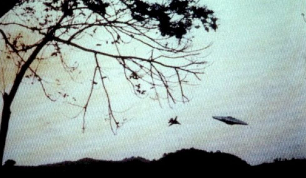 Could Recent UFO Sightings in Texas Mean Real Life Remake of Invaders From Mars?