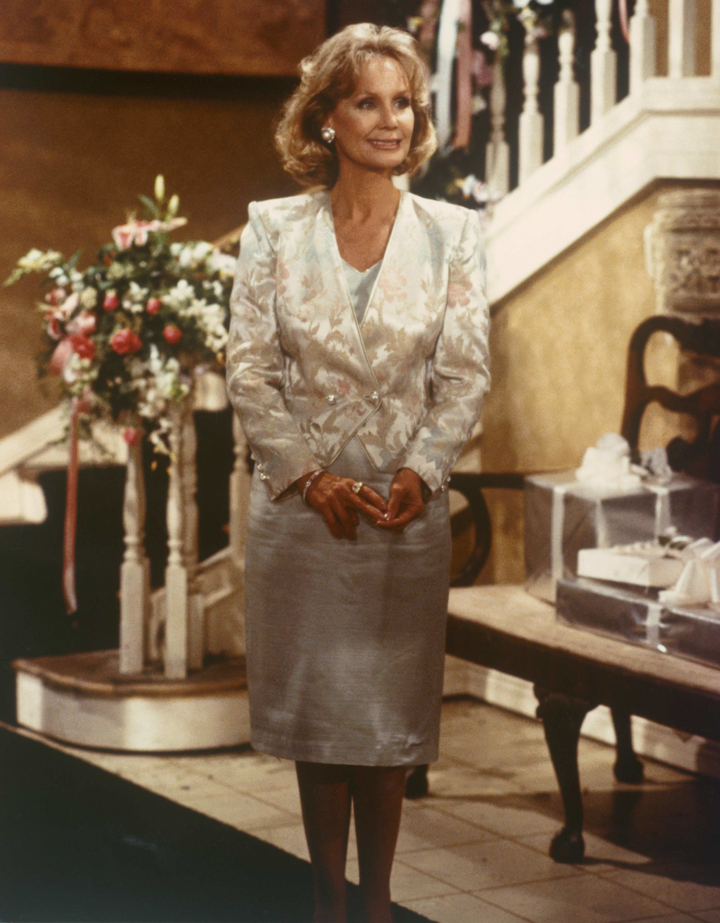 Marla Adamas as Dina Abbott