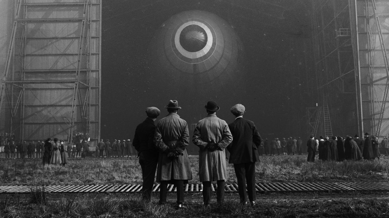 The rise and fall of the airship.