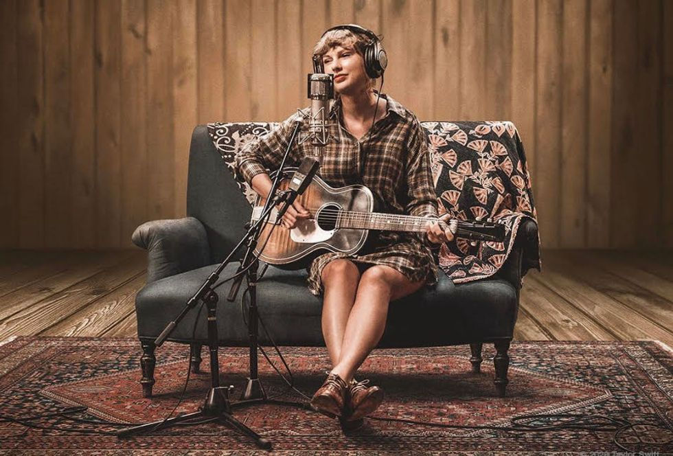 What's Up With Taylor Swift Re-Recording Her Old Albums?