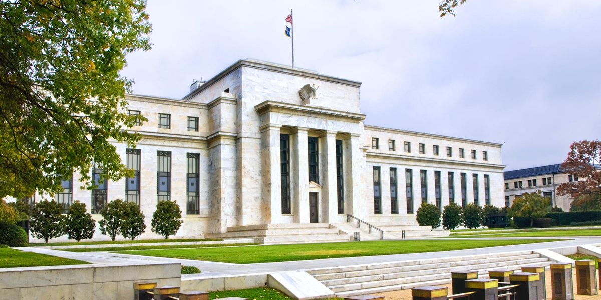 The Federal Funds Rate and How It Affects You