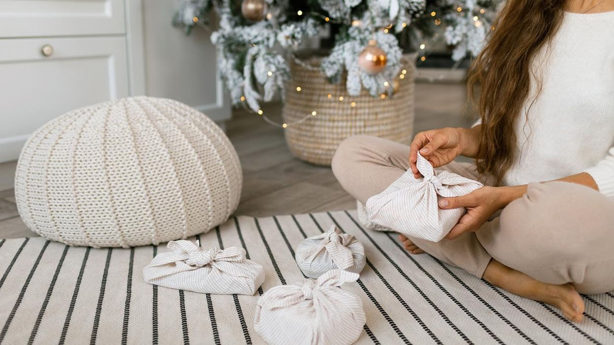 11 Eco-Friendly Gift Wrapping Ideas