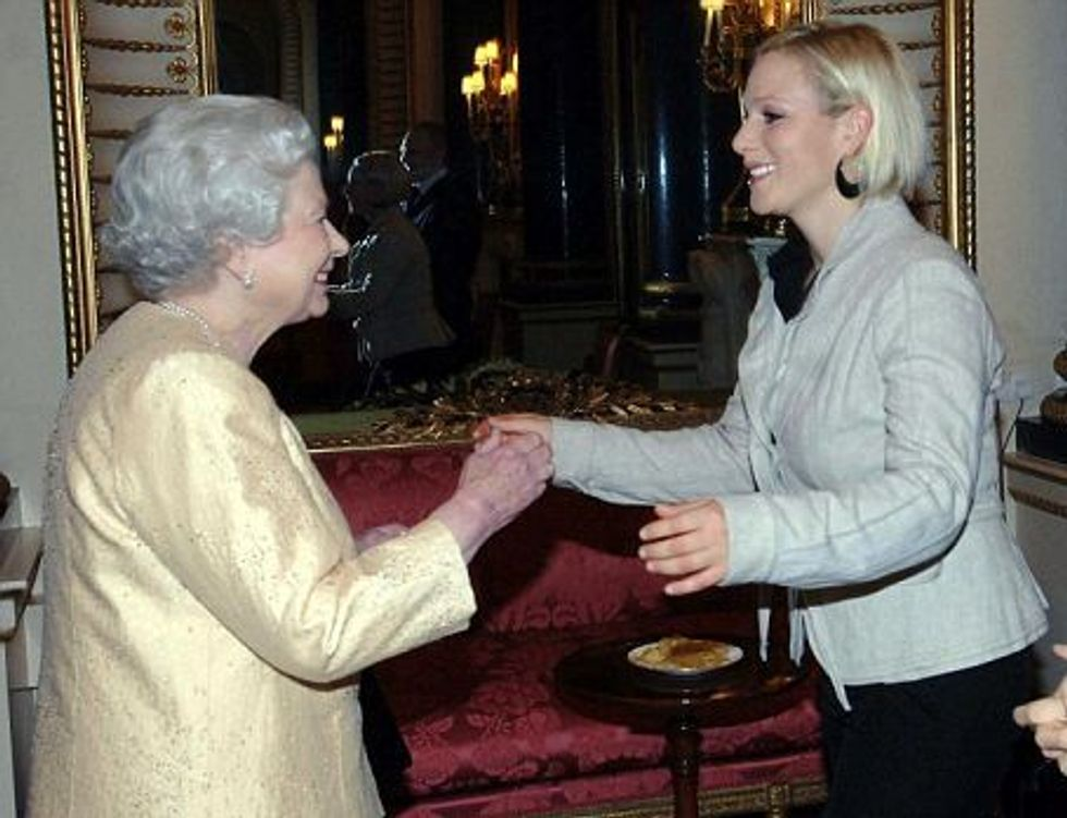 Zara Phillips Always Curtsies to Grannie