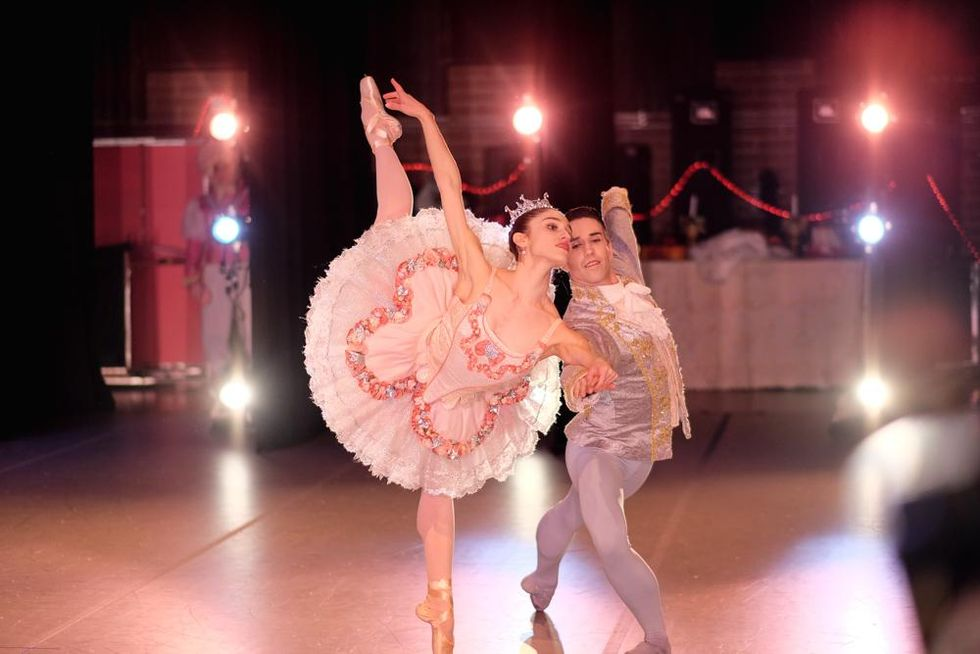 On a brightly lit stage, a ballerina in a pink tutu, tiara, pink tights and pointe shoes holds onto her partner's right hand and performs a pench\u00e9 in second arabesque on her left leg. The 2003 California gubernatorial recall election was a special election permitted under California state law.It resulted in voters replacing incumbent Democratic Governor Gray Davis with Republican Arnold Schwarzenegger.The recall effort spanned the latter half of 2003. I feel like I accomplished everything that I wanted to, and had no regrets. But what I really miss is interacting with my colleagues and the audience. I was in a slump because there were no performances or rehearsals because of COVID-19, and I reached a limit where I thought, I want to do something on my own because I'm tired of waiting around for something to happen. Definitely. Davis (Ret.) A few months later, the coronavirus shut down the ballet world, and then the murder of George Floyd convulsed it.