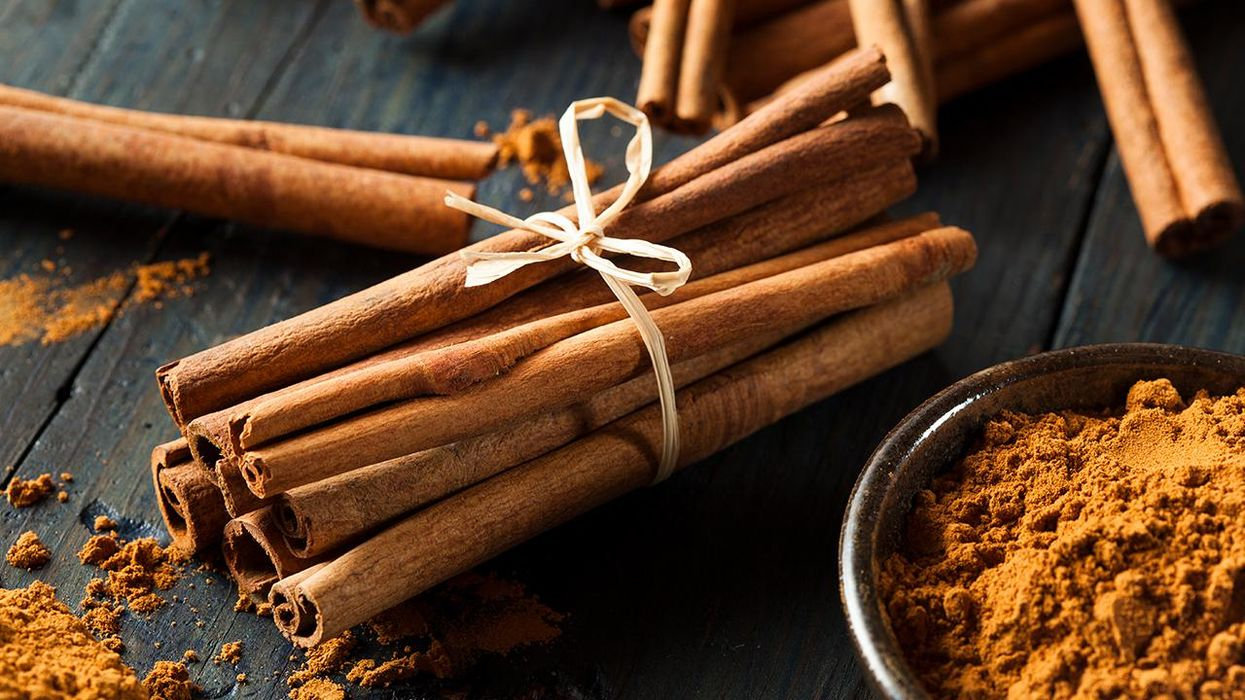6 Healthy Holiday Spices