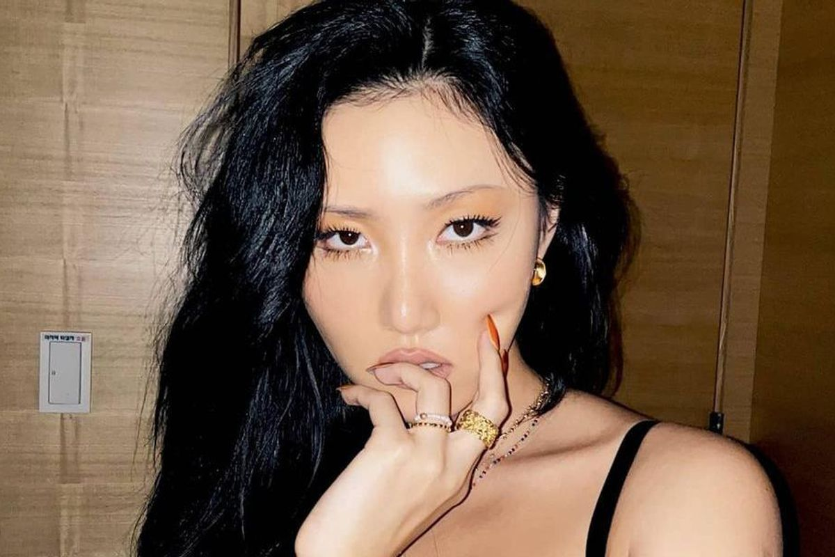 Hwasa Drops a New Music Video With 'The Sims 4'