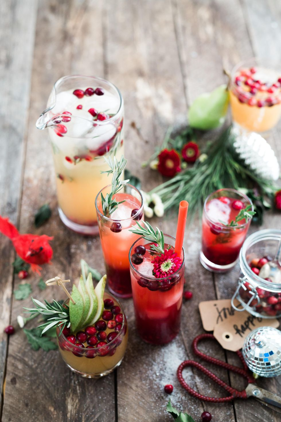 Alcoholic and Non-alcoholic Drinks You Need To Try This Holiday Season