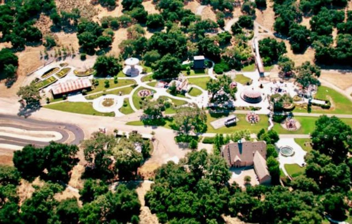 MIchael Jackson's Neverland ranch sold to US billionaire at discount