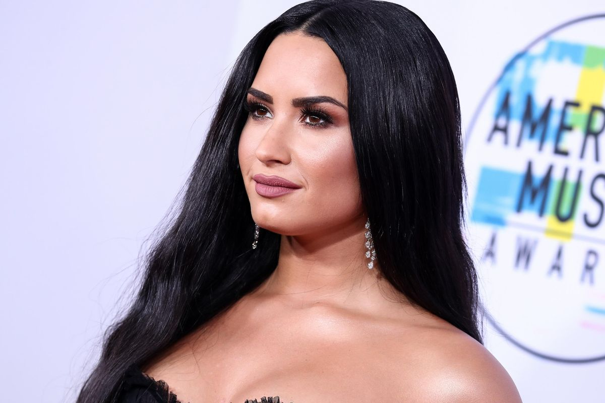 Demi Lovato Celebrates Recovery from Eating Disorder