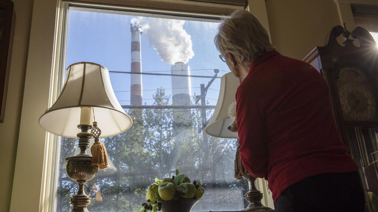 Trump EPA Disregards Link Between Soot Pollution and COVID Deaths